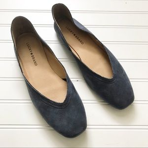 Lucky Brand Alba Flats in Dark Denim